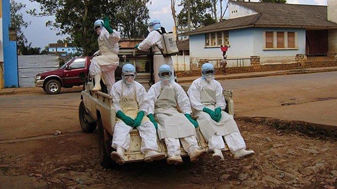 ebola-guinea.si