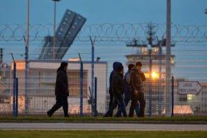 migrants-port-cherbourg-2